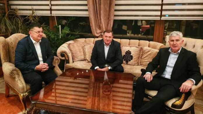 Dodik i Čović na sastanku sa Tegeltijom