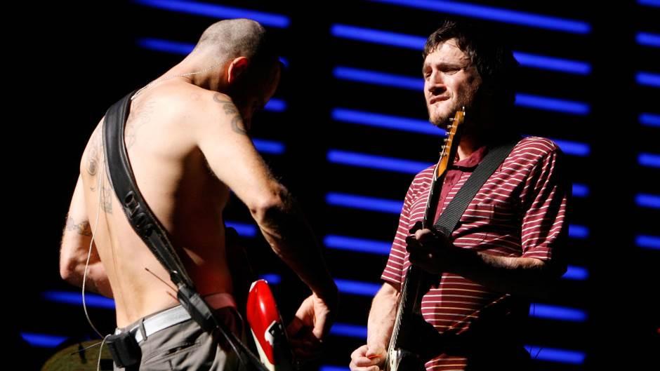Gitarista John Frusciante se vratio u Red Hot Chili Peppers (VIDEO)