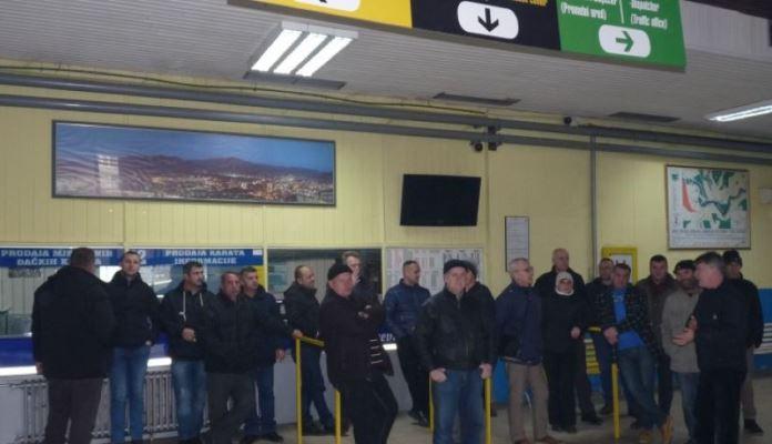 Zenica: Nastavlja se blokada Autobuske stanice