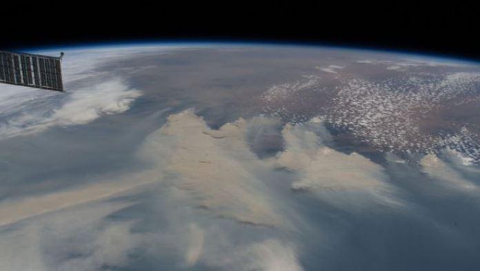 NASA upozorava: Dim iz Australije će uskoro obići Zemlju