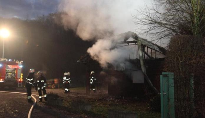 Požar u staračkom domu, ima poginulih (VIDEO)