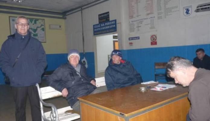 Dvanaesti dan traje blokada stanice, peti dan štrajk glađu radnika Zenicatransa