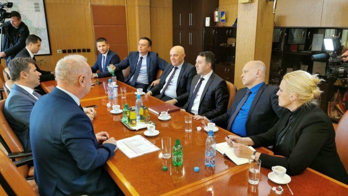Fadil Novalić u ZDK: Političke krize uvijek suspendiraju ekonomske teme