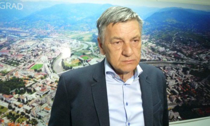 Grad Zenica i dalje u blokadi: Propao treći sastanak Kasumovića i vijećnika