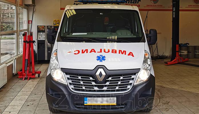 Energia Alliance iz Zenice besplatno dezinfekovala vozila Kantonalne bolnice Zenica (FOTO)