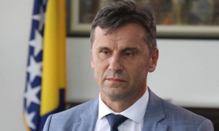SDA poziva Sud i Tužilaštvo BiH da odmah puste Fadila Novalića na slobodu