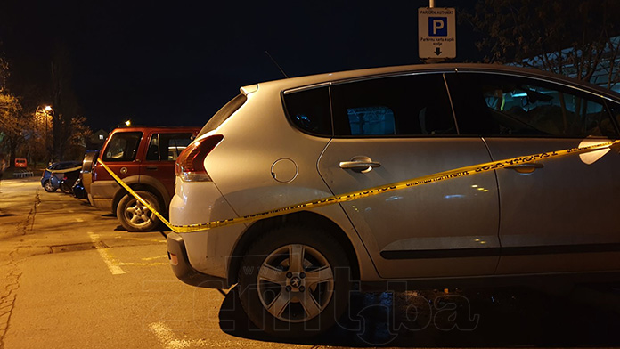 U centru Zenice oštetio više vozila, pa uhapšen (FOTO)