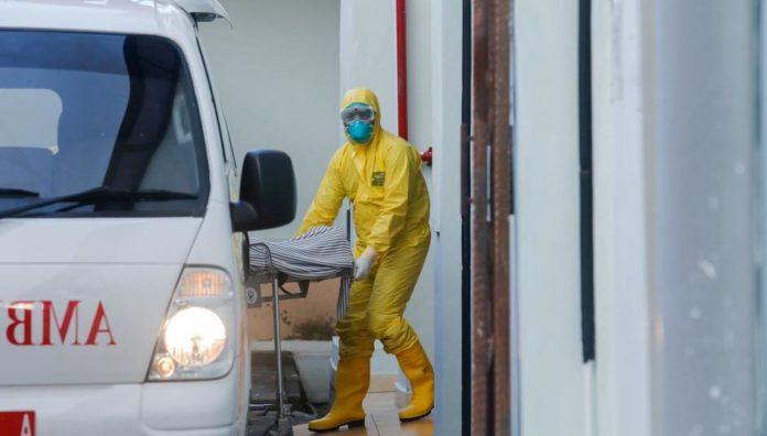 Teoretičar zavjere testirao da li je koronavirus stvaran pa preminuo