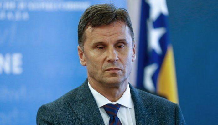 Premijer FBiH Fadil Novalić izliječen i danas napušta kliniku