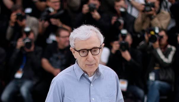 Izdavac Odustao Od Objavljivanja Memoara Woodyja Allena Woody Allen 5e634fed3bcd2
