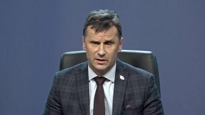Novalić: Rebalansom budžeta smanjit ćemo plate