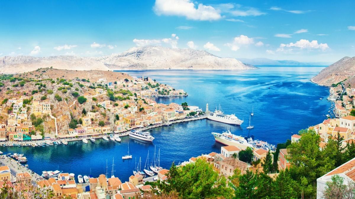 Grčka od danas zvanično otvorena za turiste, letovi za Atinu i Solun