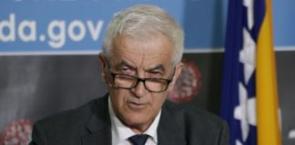 Ministar Mandić