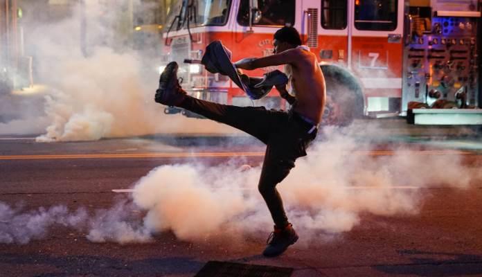 Demonstracije U SAD U