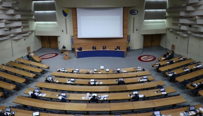 Poslanici PSBiH usvojili prijedlog koji predviđa plaćanje PDV-a do kraja mjeseca