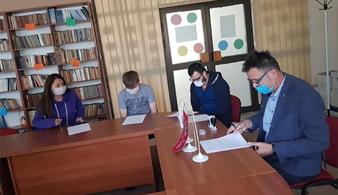 Rotary Zenica stipendira tri studenta iz JU Dom-porodica Zenica