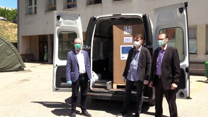 Kantonalna bolnica Zenica dobila mobilni rendgen za liječenje pacijenata oboljelih od koronavirusa