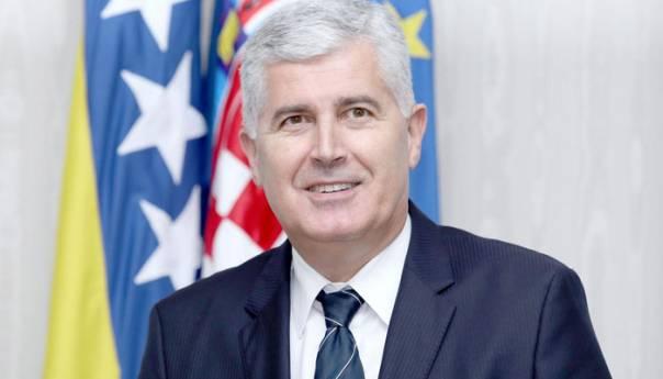 Čović: Nikakva granica ne može odvojiti hrvatsko biće