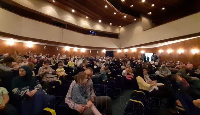 """U Bosanskom narodnom pozorištu Zenica odigrana predstava """"Ježeva kućica"""" (FOTO)"""