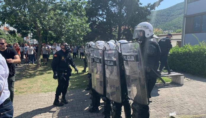 Policija Budva Protesti