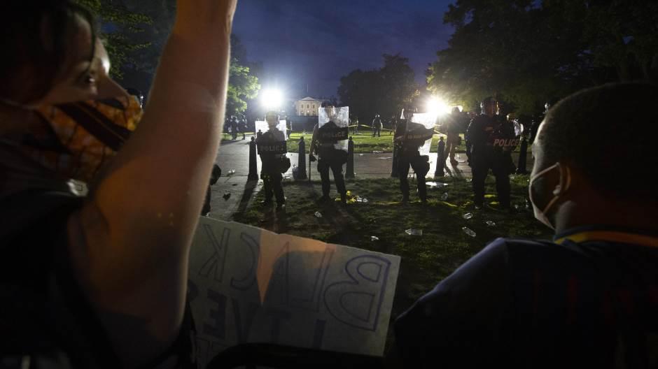 Policajac u Atlanti upucao Afroamerikanca, ubistvo izazvalo bijes javnosti