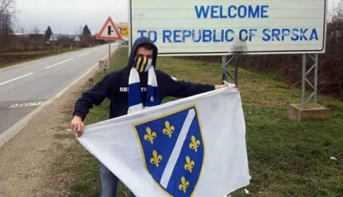 Još jedna osoba kažnjena zbog slikanja sa zastavom RBiH