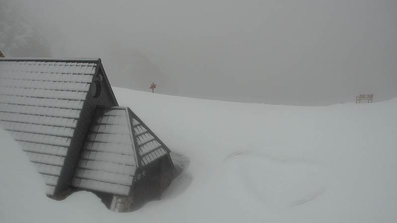 U Sloveniji pao snijeg, izmjereno 70 centimetara