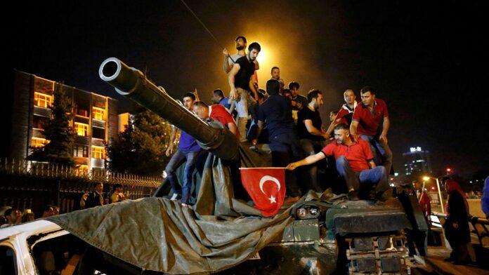 Na današnji dan prije četiri godine spriječen državni udar u Turskoj