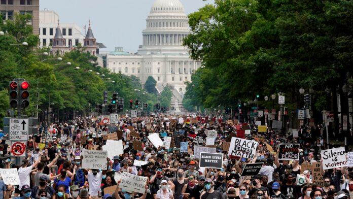 Veliki protesti u Washingtonu zbog smrti Georgea Floyda