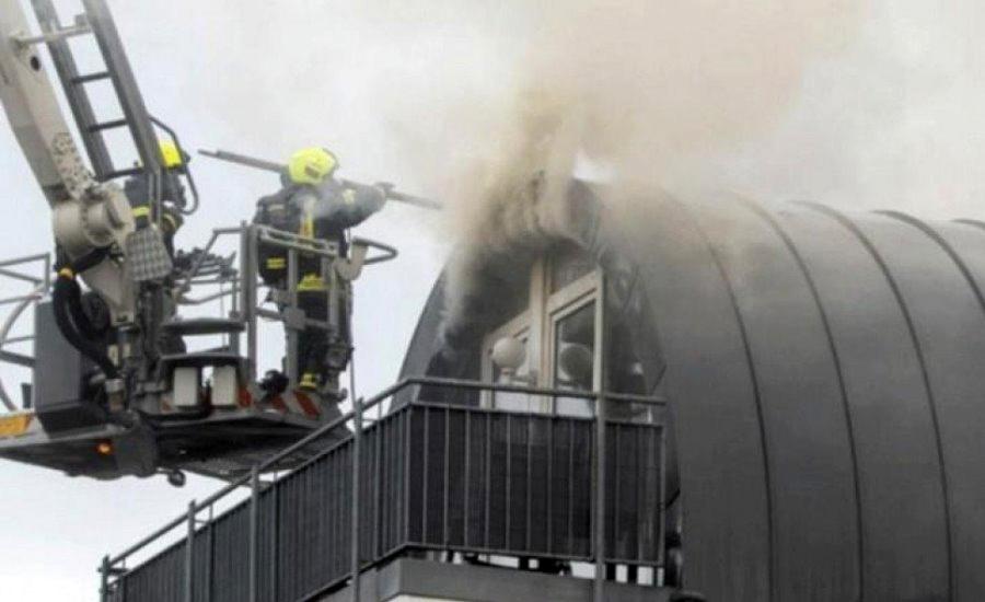Avion pao na stambenu zgradu, tri osobe poginule, povrijeđeno jedno dijete (VIDEO)