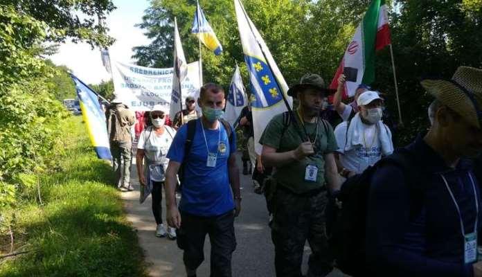 Učesnici Marša mira 2020 krenuli ka Potočarima
