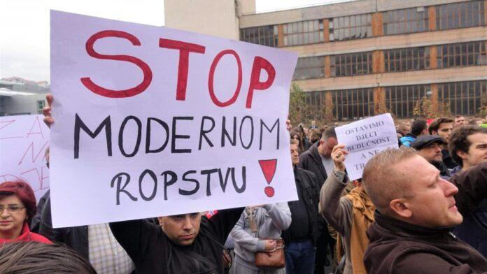 Protestna šetnja zbog predloženih izmjena i dopuna Zakona o radu