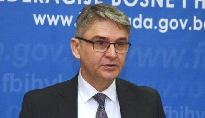 Salko Bukvarević u teškom zdravstvenom stanju, priključen na respirator