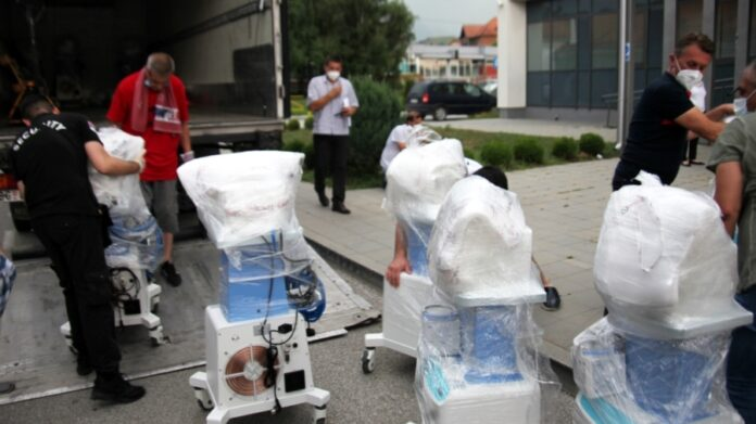 U Novi Pazar stiglo 10 respiratora i vojna bolnica, stiže i avion sa pomoći iz Turske