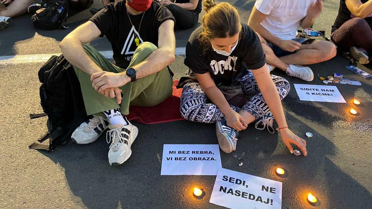 Treći dan protesta u Srbiji bez sukoba i nasilja