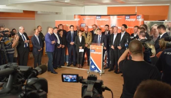 DF objavio imena kandidata za načelnike, gradonačelnike i nositelje listi