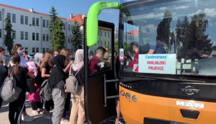 Skoro 600 mladih autobusima otputovalo na Studentski pohod u Istanbul