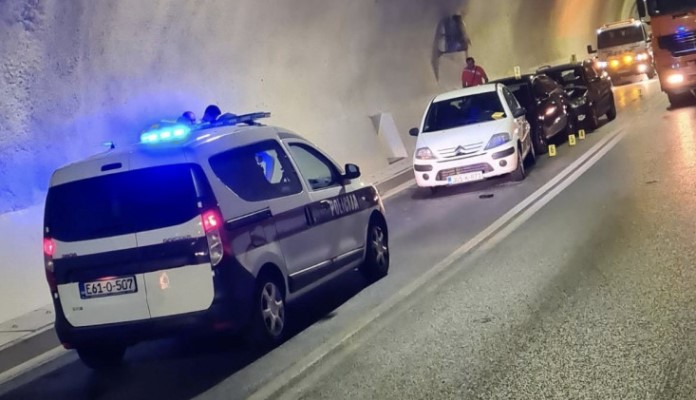 Lančani sudar u tunelu Vranduk, ima povrijeđenih