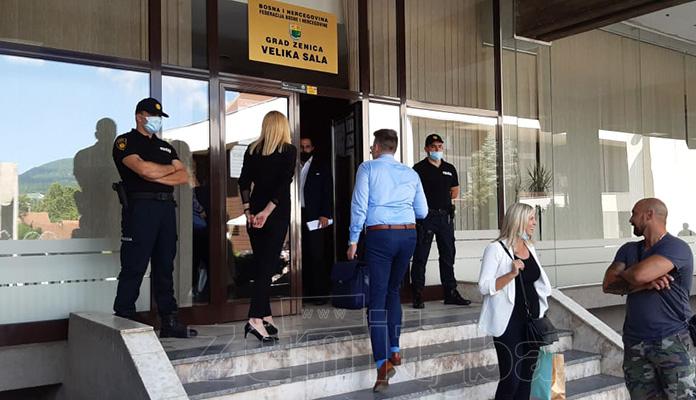 Gradonačelnik Fuad Kasumović zabranio novinarima prisustvo na sjednici Gradskog vijeća
