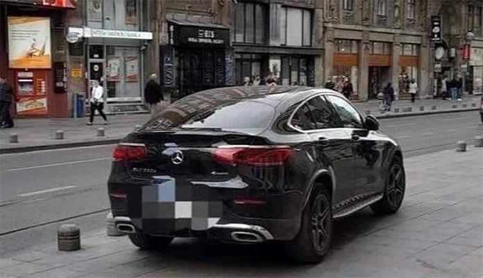 Sebija Izetbegović kažnjena sa 40 KM nakon što je parkirala na trotoaru u centru Sarajeva
