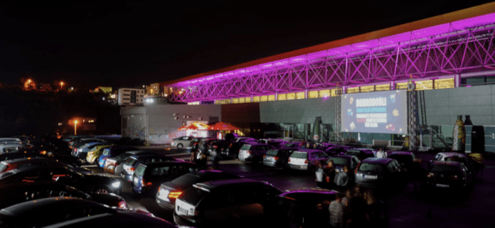 Preko 100 vozila na otvaranju Drive-in Cinema Zenica