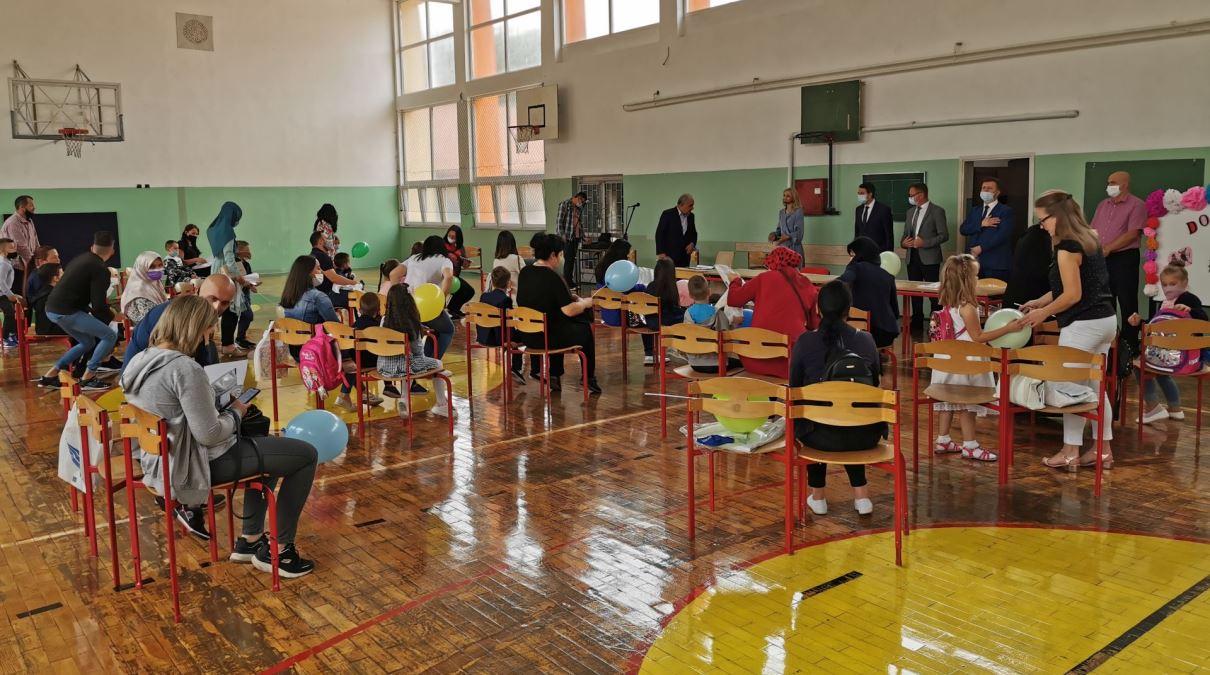 U ZDK počela nova školska godina uz posebne higijensko-epidemiološke mjere (FOTO)