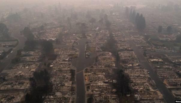 Desetine nestalih u požarima u SAD