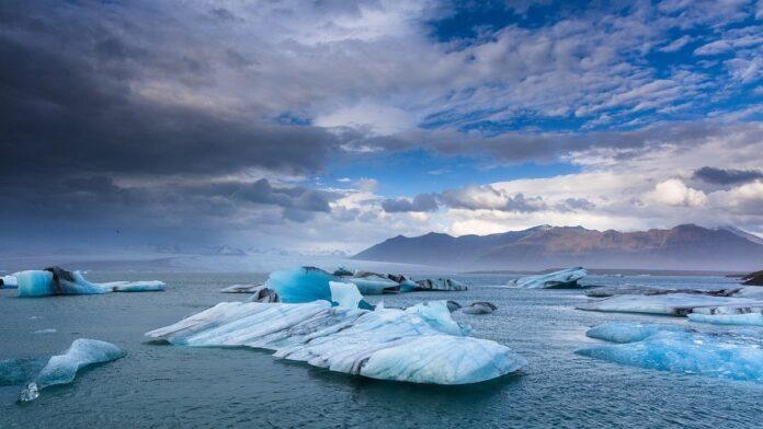 Naučnici upozoravaju: Emisioni gasovi do kraja stoljeća mogli bi izazvati rast nivoa mora i do 39,3 centimetra