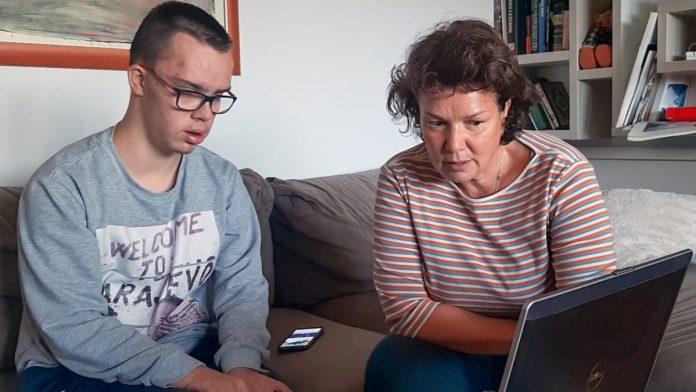 Na roditeljima najveći teret online nastave za djecu s poteškoćama u razvoju