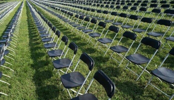 Stolice Ispred Bijele Kuće