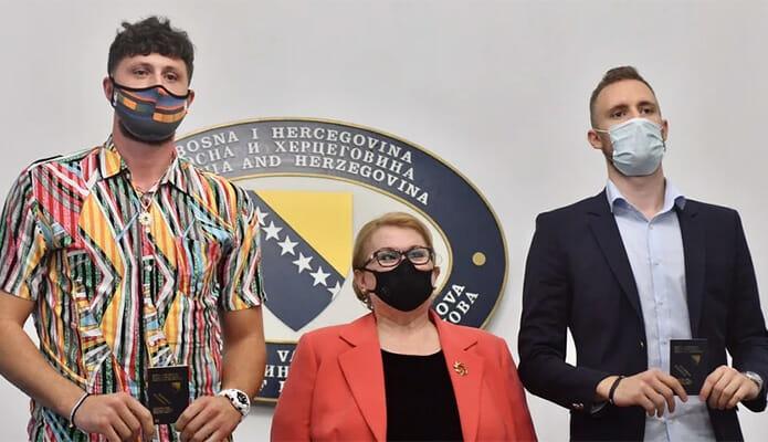 Najbolji bh. košarkaši Jusuf Nurkić i Džanan Musa dobili diplomatske pasoše naše zemlje