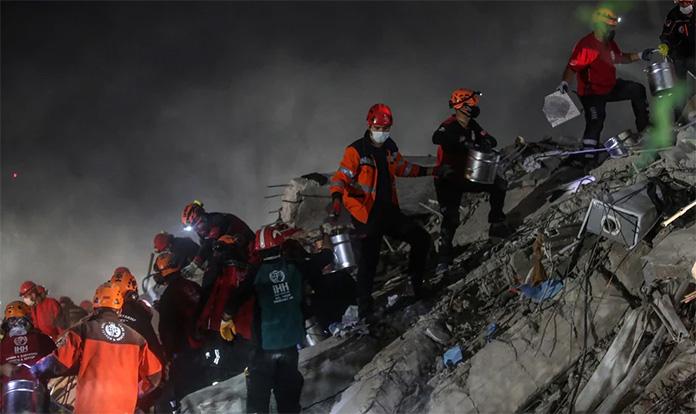 Razorni zemljotres odnio 26 života u Turskoj i Grčkoj