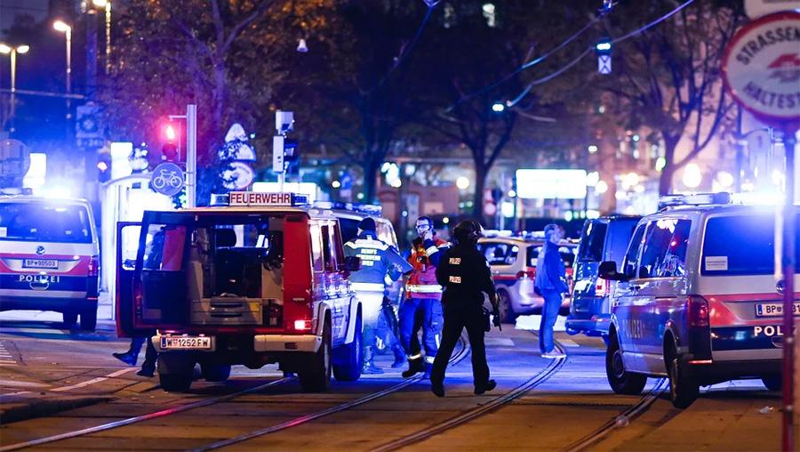 Teroristički napadi u Beču: Pucnjave na šest lokacija, vojska izlazi na ulice (VIDEO)
