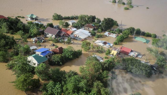 Tajfun Vamco pogodio Filipine, počela evakuacija i u Vijetnamu